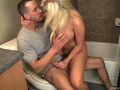 Lustful blonde whore Britney Amber sucks Chris Strokes' dick in a toilet
