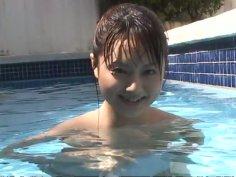 Angelic Japanese cutie Akiho Yoshizawa flashes her boobs in pool