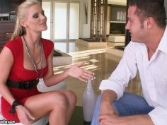 Slutty blonde whore Phoenix Marie gives blowjob and titjob