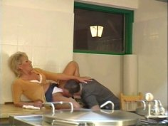 Obese kinky housewife Sophia rides a cock on the kitchen counter