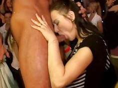 Nonstop oraljob sensation during fuckfest party